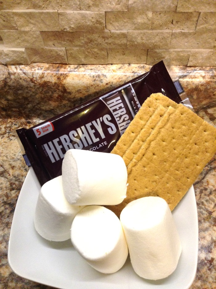 Hershey's, S'mores, summer, family, traditions, fireflies, campfire