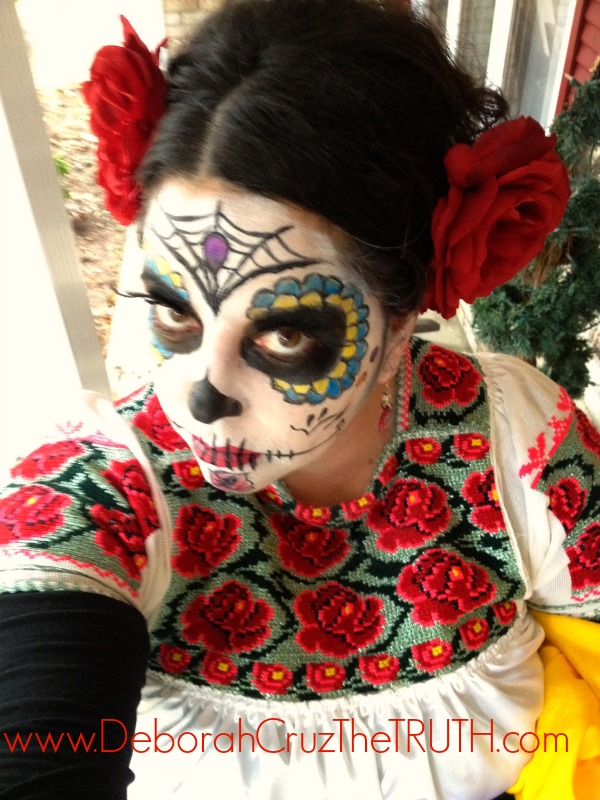 Dia de los Muertos, Halloween, Day of the Dead,Calavera,How to apply Dia de los Muertos make-up, Book of Life, Day of the Dead costume, Dia de los Inocentes, Latina